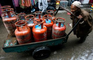 Gas-cylinders-a