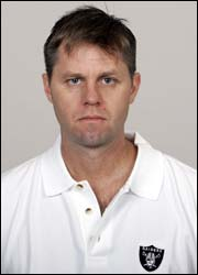 Raiders defensive asst. Randy Hanson