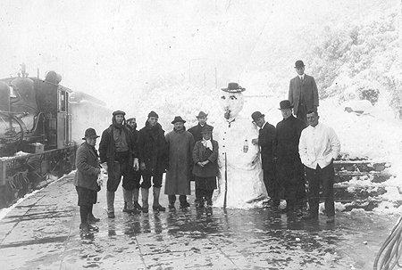 1922-snowman